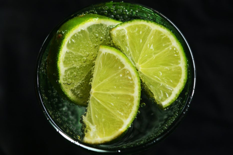 9 Water Drinks For Weight Loss