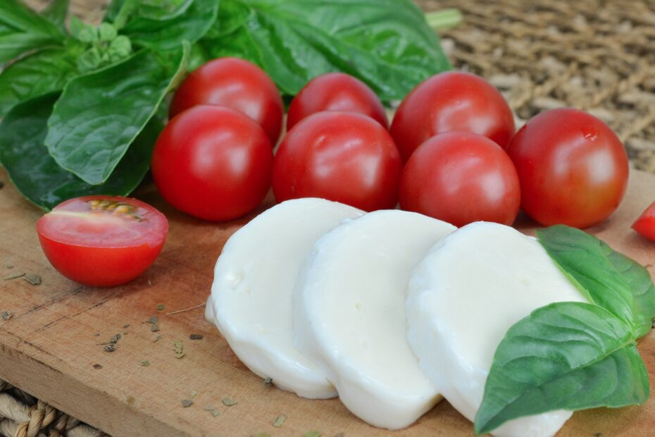 Is Mozzarella Cheese Good For Weight Loss Or Fattening