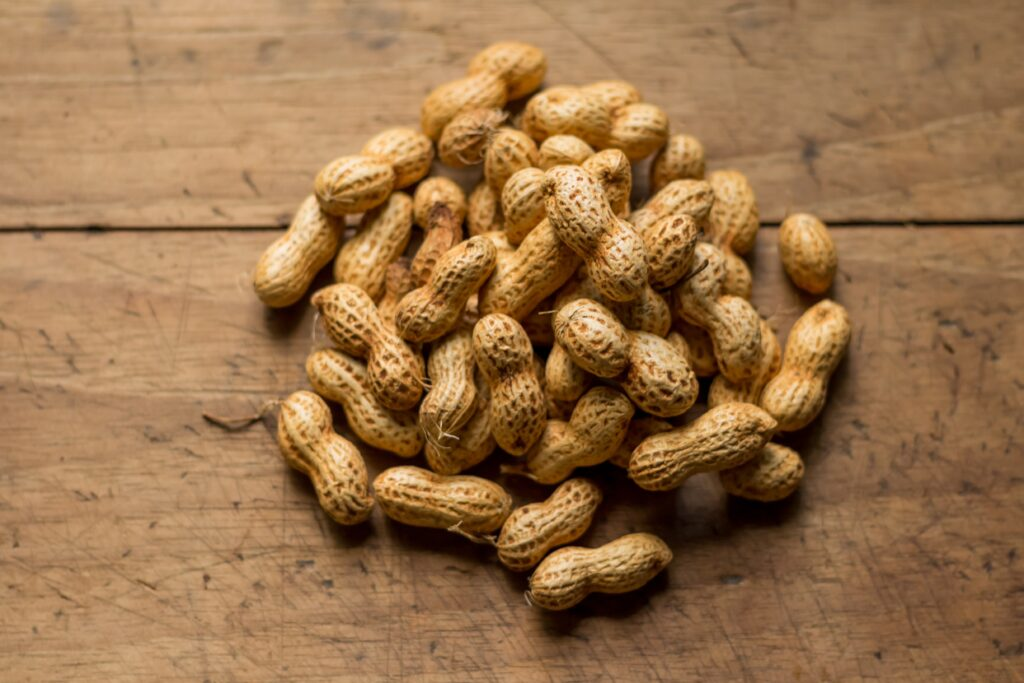 Peanuts to lose weight