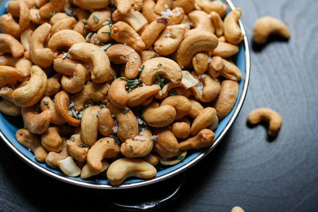Are cashews good for losing weight