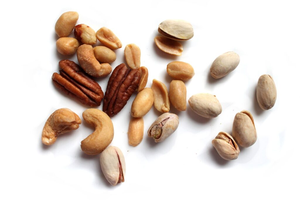 Cashews vs other popular nuts for weight loss