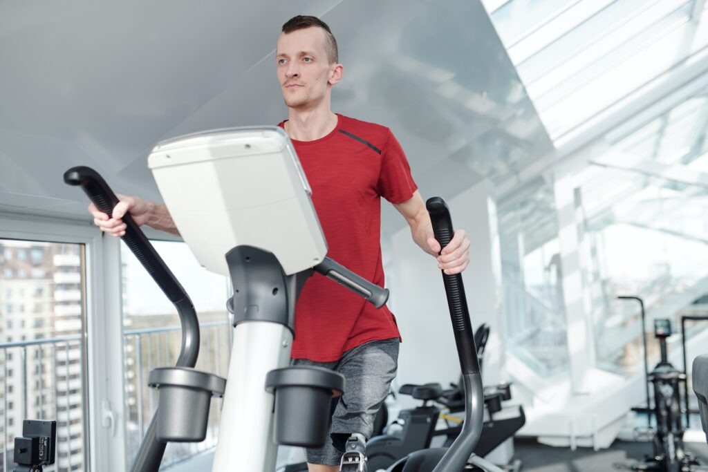 Elliptical trainer for less injuries