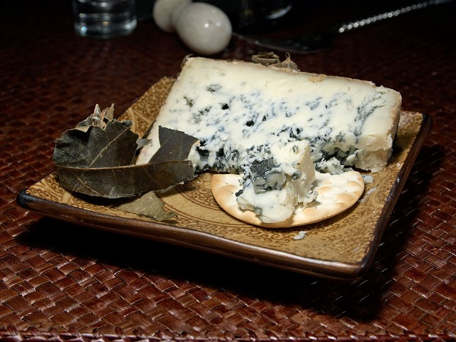 Is Blue Cheese Good For Weight Loss Or Fattening