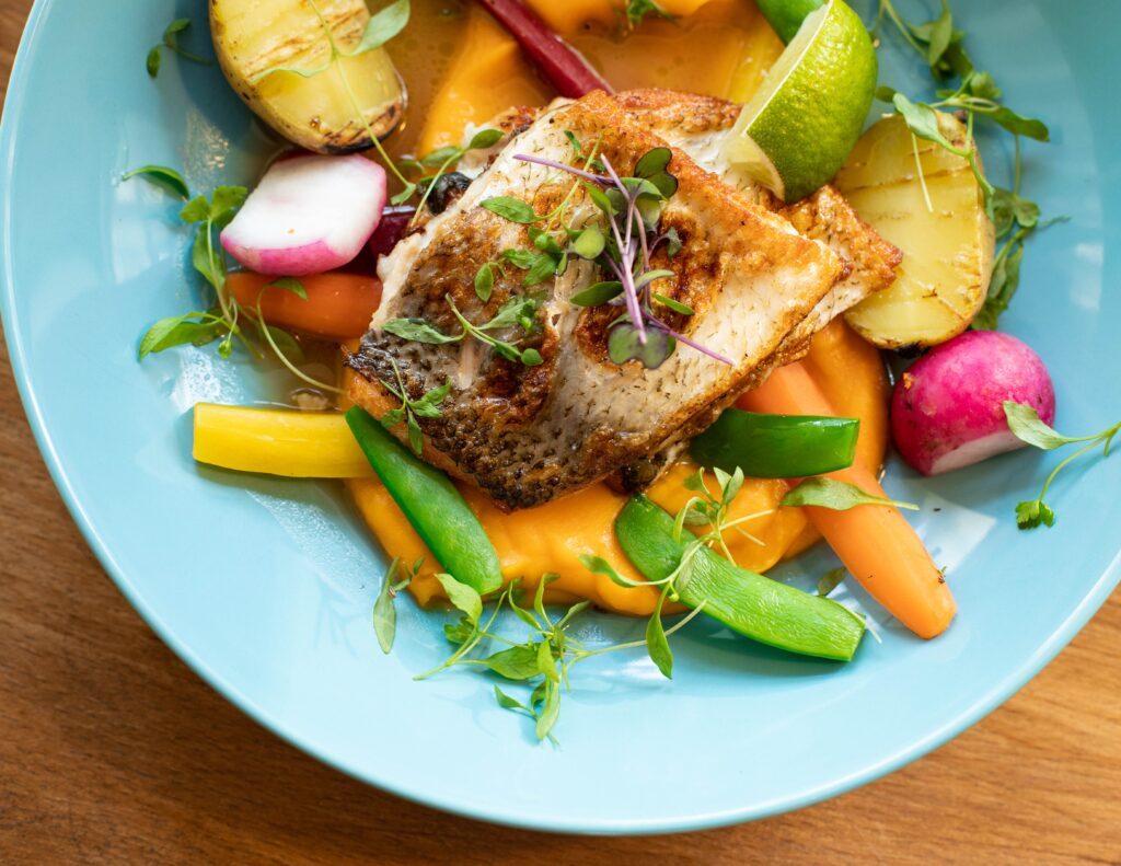 Fish with vegetables to lose weight