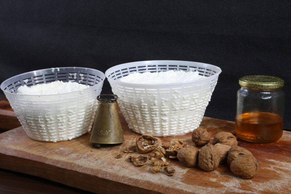 Is Ricotta Cheese Keto-Friendly (& Substitutes)