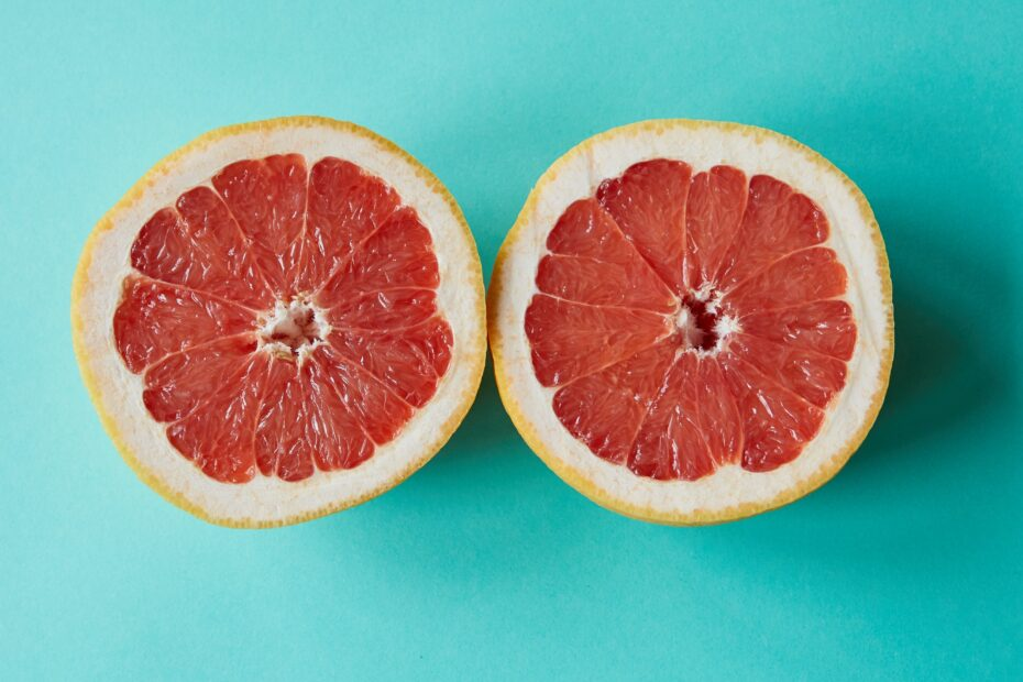 Is Grapefruit Keto-Friendly (& Better Substitutes)