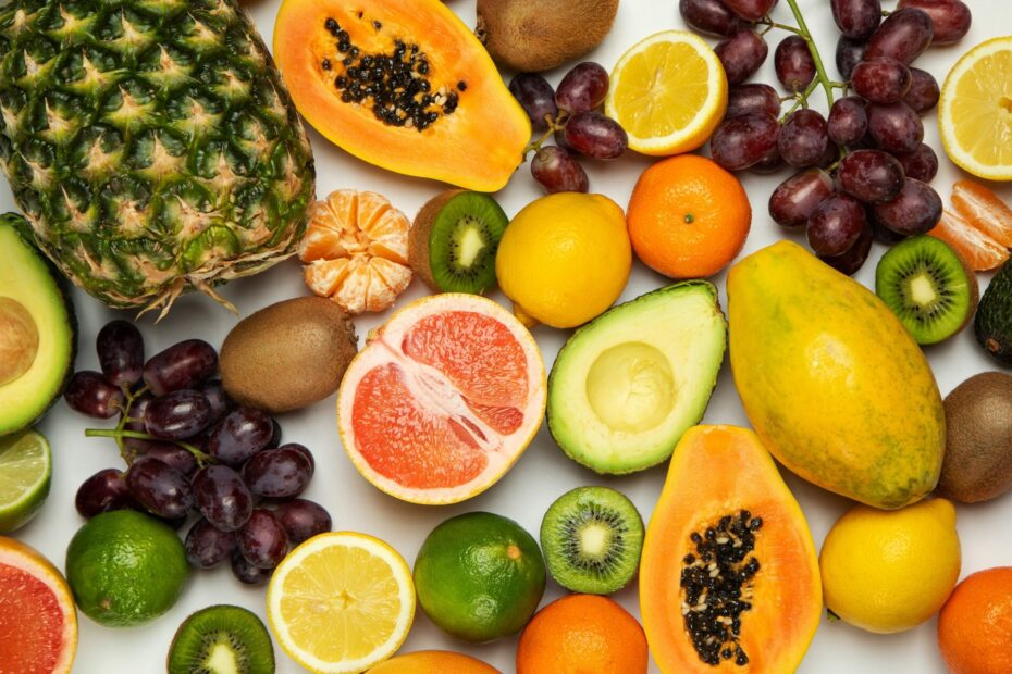 15 Of The Lowest-Carb Fruits For A Keto Diet