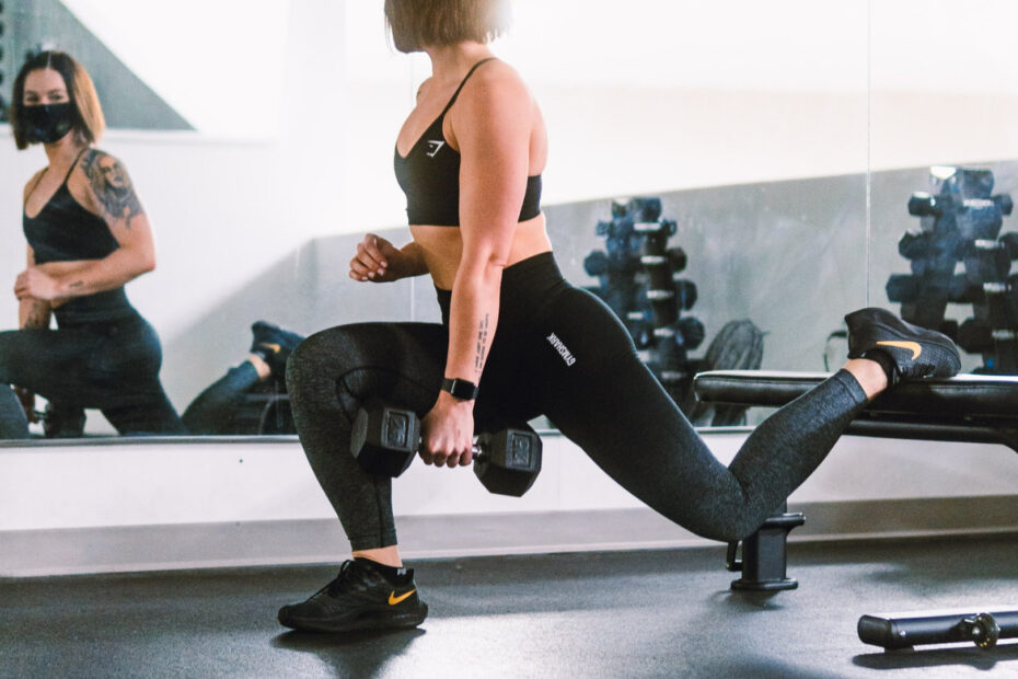 7 Leg Exercises With A Weight Bench