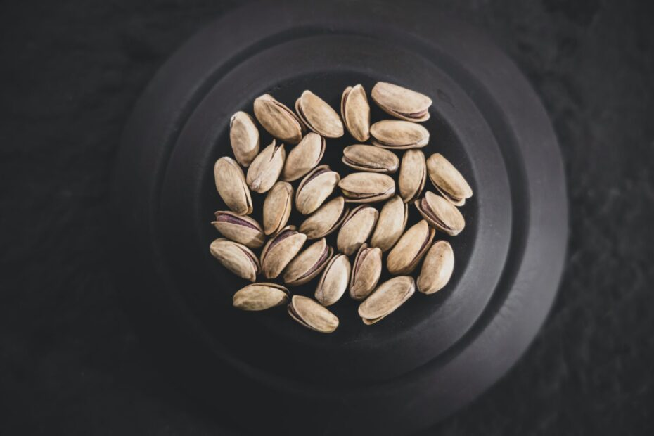Are Pistachios Keto-Friendly (& Better Substitutes)