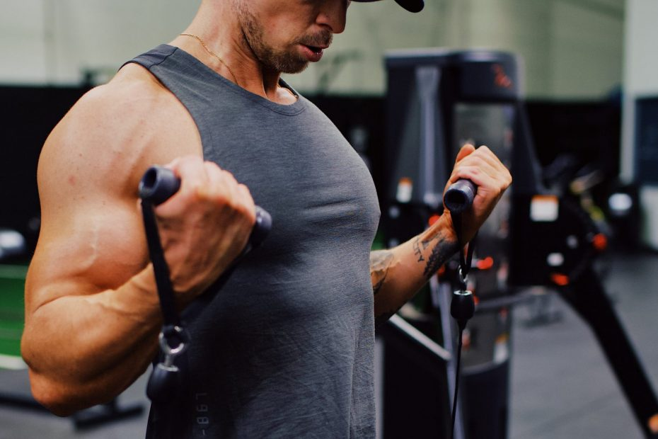 10 Cable Exercises For Bigger Biceps