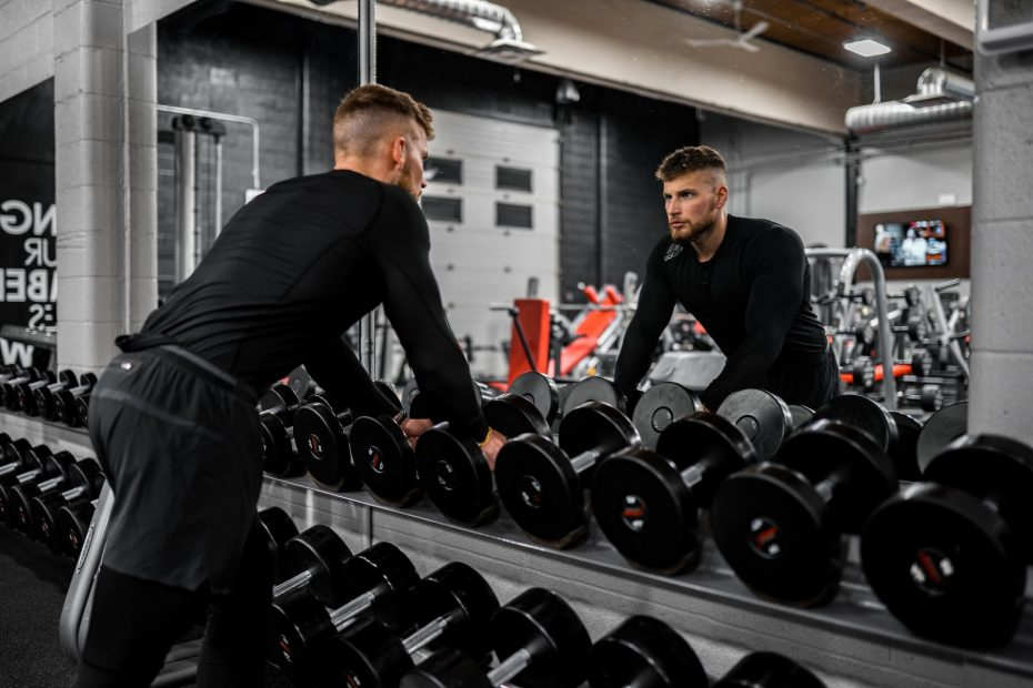 17 Effective Dumbbell Compound Exercises