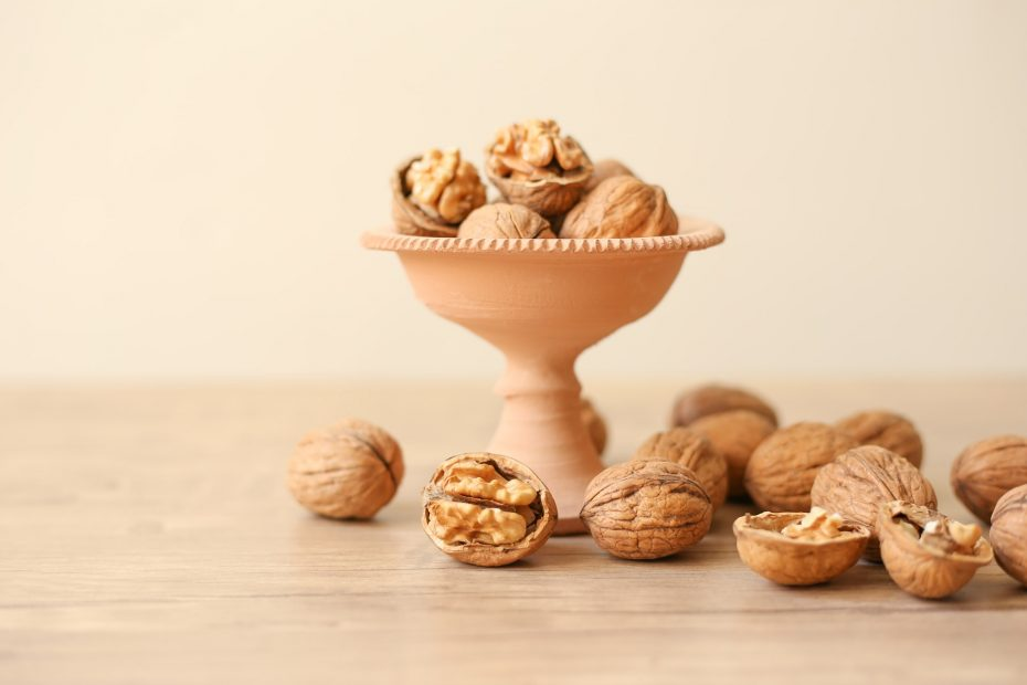 Are Walnuts Keto-Friendly (& Better Substitutes)