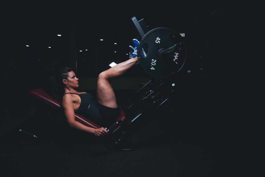 5 Gym Machines For Bigger Thighs