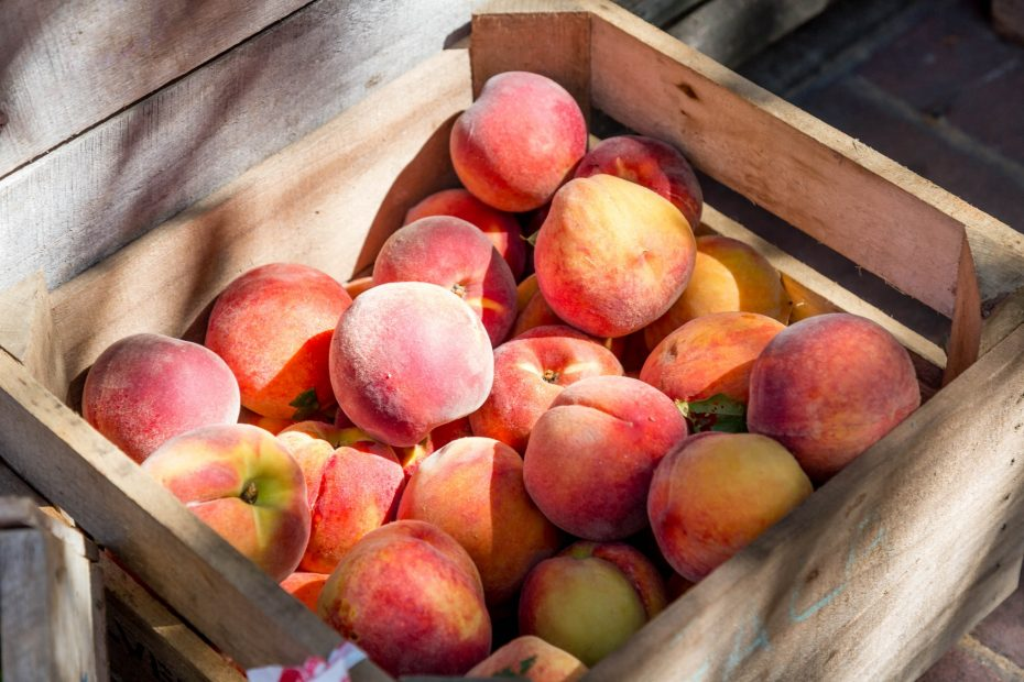 Are Peaches Keto-Friendly (& Substitutes)