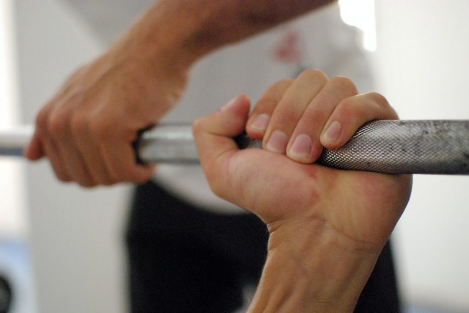 6 Effective Barbell Forearm Exercises
