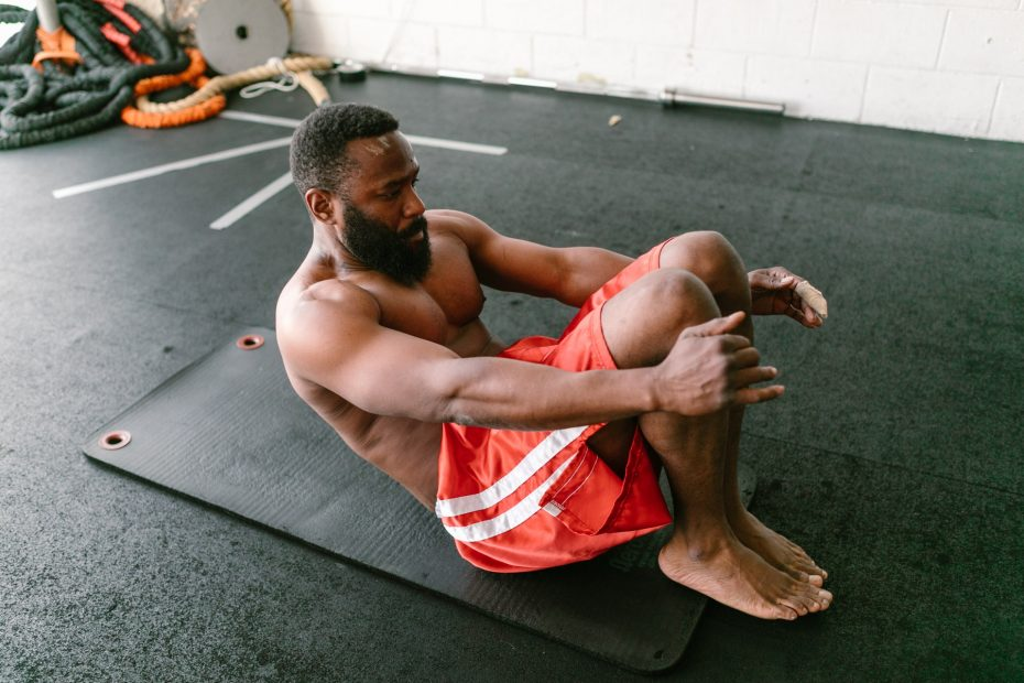7 Powerful Middle Ab Exercises